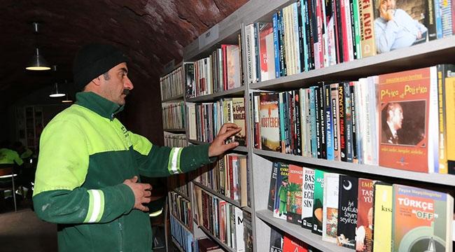 Çankaya'nın Çöpten Çıkan Kütüphanesi 25 Bin Kitaba Ulaştı