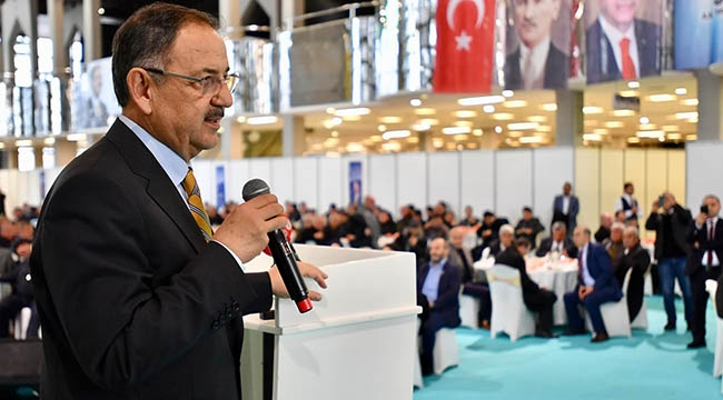 Mehmet Özhaseki Muhtarlarla Ankara'yı Konuştu: