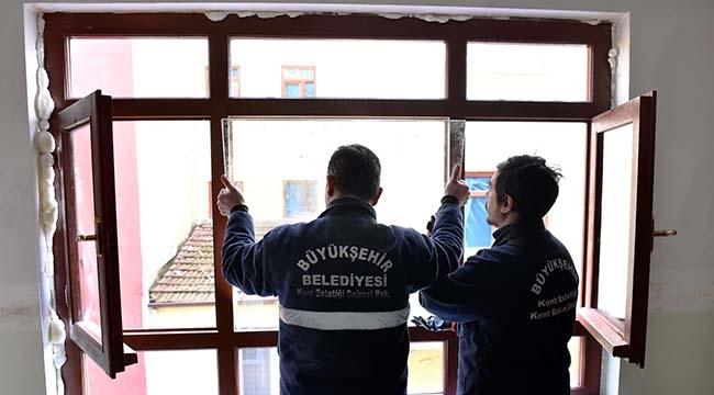 Yuvaları Yeniden Kuruluyor! Büyükşehir Belediyesi'nden Ankaralılar'a Yardım Eli