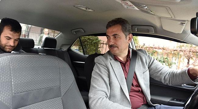 Halkın Nabzını Böyle Tuttu! Murat Köse Şoför Koltuğuna Oturdu, Mamak'ta Direksiyon Salladı...