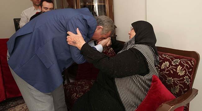 Mansur Yavaş'ın İlk Ziyareti Halime Anneye Oldu: