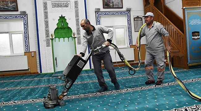 Mamak'ta Camiler Ramazan'a Hazır