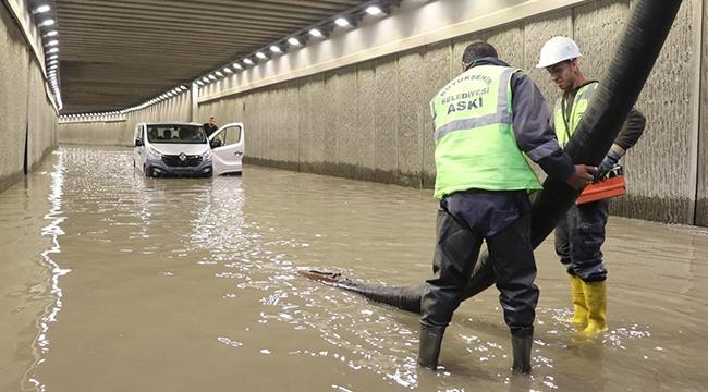 Ankara'da Su Taşkınları! Büyükşehir Belediyesi Ekipleri Teyakkuzda...