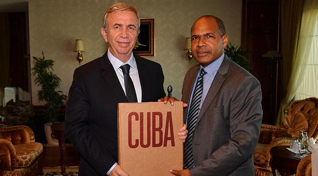 Mansur Yavaş'tan Kübalı Doktorlara Davet...