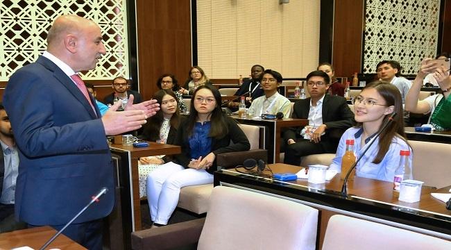 33 Ülkeden Geldiler, Keçiören'de Belediyeciliği Gördüler