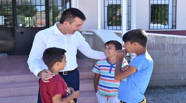 Altındağ'dan Mini Mini Birlere Okul Hediyesi
