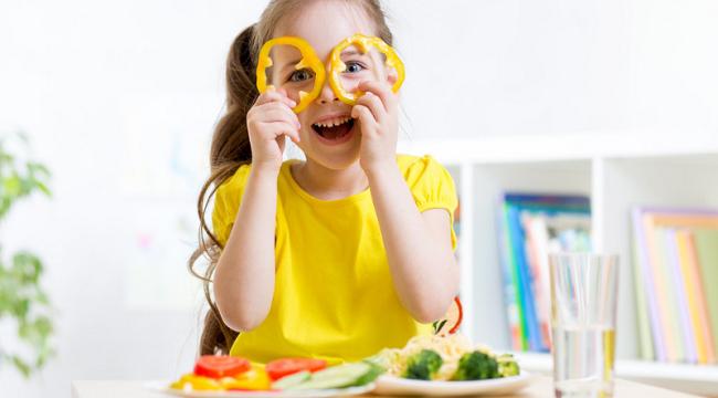 Okul Çağındaki Çocuklar İçin 4 Beslenme Önerisi