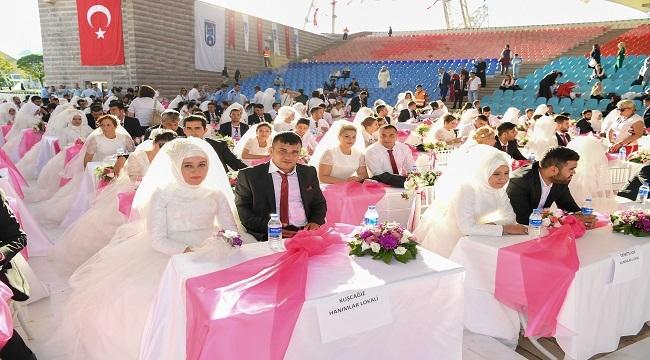 Büyükşehir'den Başkentli Çiftlere Toplu Düğün