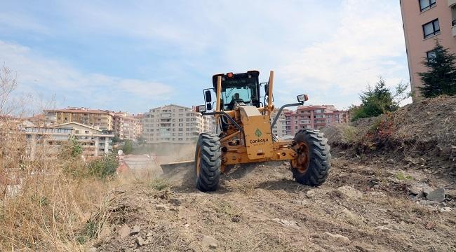 Çankaya'da Atıl Durumdaki Boş Alanlar Temizleniyor