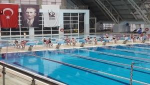 Keçiören'de Yüzme Motivasyon Yarışması