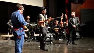Başkent'te Tiyatroya, Konsere Gitmeyen Çocuk Kalmasın