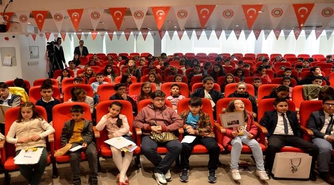 Çocukların Demokrasi Sınavı: Çocuk Meclisi…