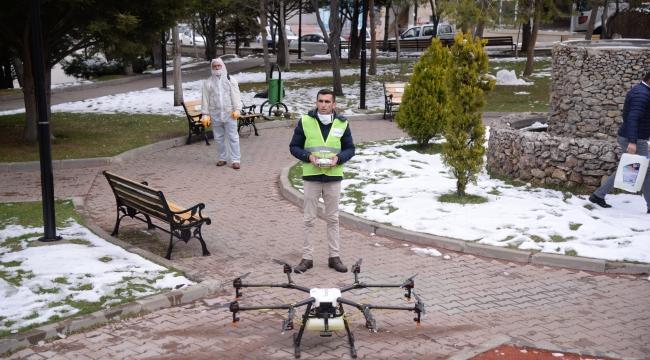 Belediyeden drone ile dezenfekte