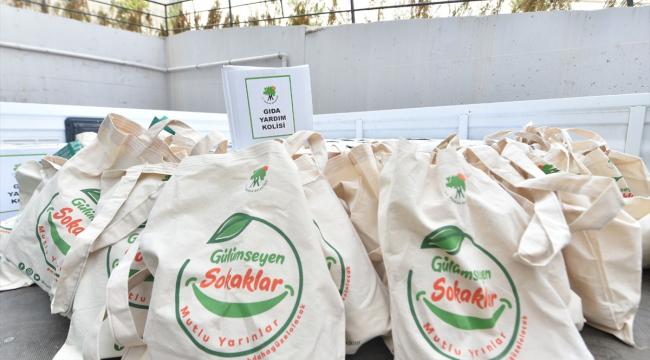 10 bin aileye gıda ve hijyen paketi