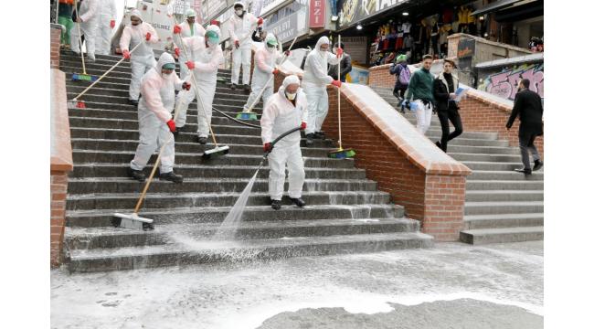 Çankaya'da farklı noktalarda dezenfektan hizmeti