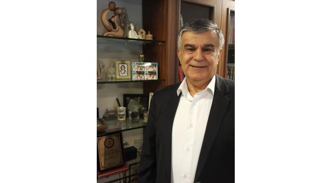 """Psikiyatrist Prof. Dr. Mansur Beyazyürek: """"Evde sanatla kalın"""""""