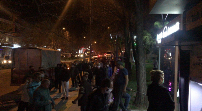 Sokağa çıkma yasağı vatandaşı sokağa döktü