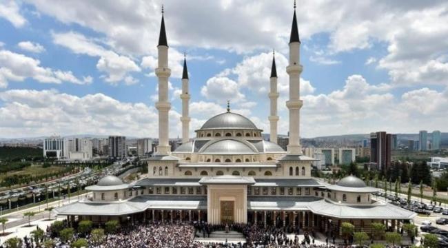 Camiler 29 Mayıs için hazırlanıyor