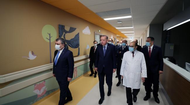 Cumhurbaşkanı Erdoğan Başakşehir Çam ve Sakura Şehir Hastanesi açılışına katıldı