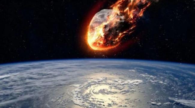 NASA uyardı: Tehlikeli bir göktaşı Dünya'ya yaklaşıyor
