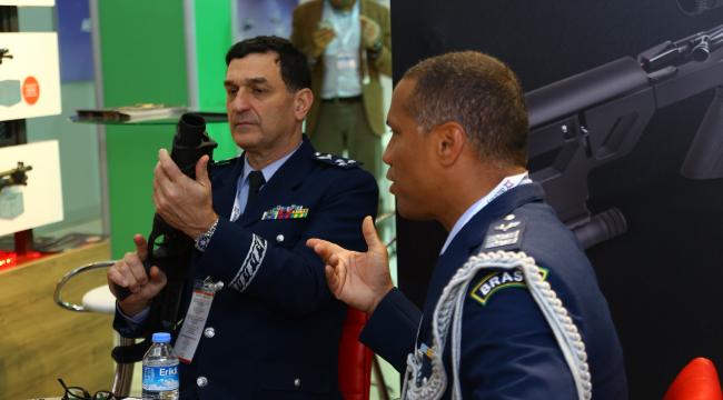 Savunma ve havacılıkta ilk