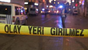 Başkent'te pompalı tüfekli ve satırlı pazarcı kavgası