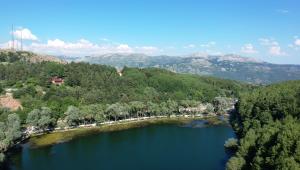 Çubuk Karagöl ziyaretçi akınına uğruyor