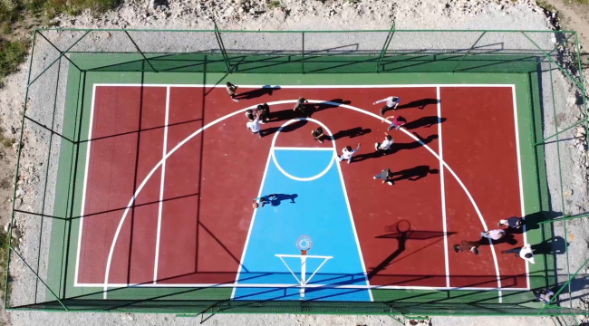 Pursaklar'da her mahalleye mini basketbol sahası