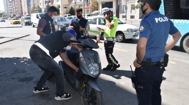 Ülke genelinde eş zamanlı motosiklet uygulaması