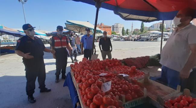 Jandarma Ankara'da tüm birimleriyle korona virüs denetimleri gerçekleştirdi