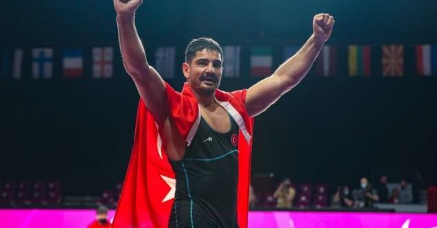 Olimpiyat Şampiyonu Akgül'den 'Bizim Çocuklar' çıkışı: Varsa yoksa futbol