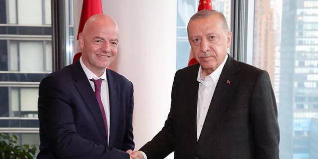 Cumhurbaşkanı Erdoğan, FİFA Başkanı ile görüştü
