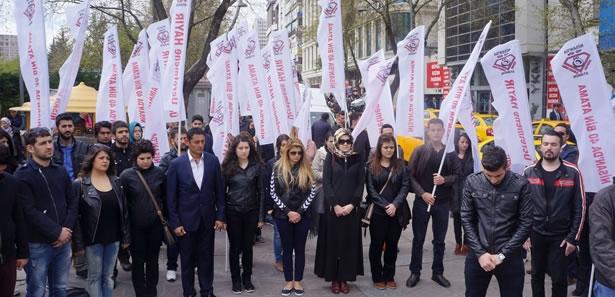Atama Bekleyen Öğretmenlerden 'Saygı Duruşu' Eylemi