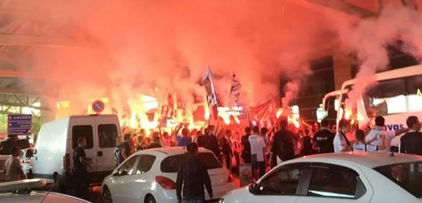 Beşiktaş'a Ankara'da Coşkulu Karşılama