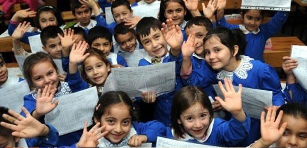Büyükşehir'den Öğrencilere Okul Harçlığı