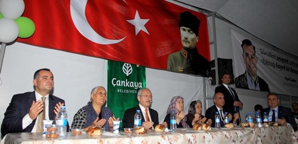 Kılıçdaroğlu Çankaya'da İftar Yaptı