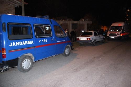 Zonguldak'ta Annesine Şiddet Uygulayan Babasını Öldürdü